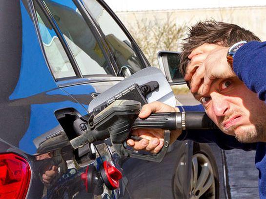 Sprit sparen beim Autofahren mit SEBRING Reifen